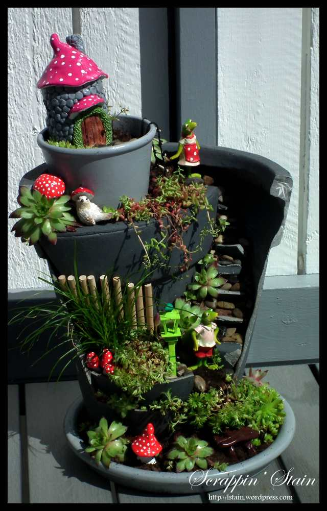 Broken Flowerpot - Frog Garden 1